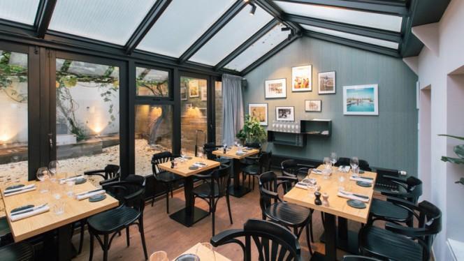 Het restaurant - Arles, Amsterdam