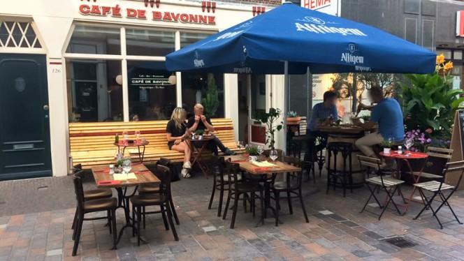 Terras - Cafe de Bayonne, Den Haag