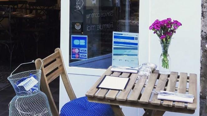 Table dressée - Seulement Sea, Paris