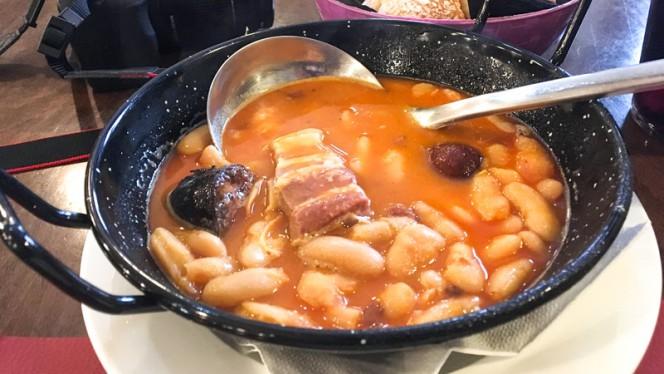 Plato - Sidreria Restaurante Puerta el Sol, Llanes
