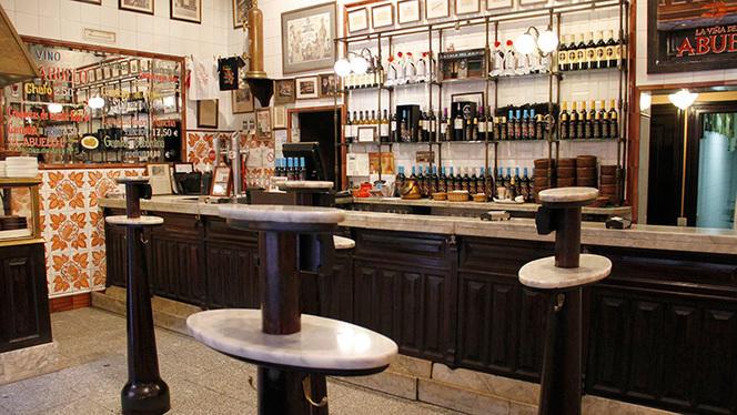 Sala - La Casa del Abuelo - Victoria, Madrid