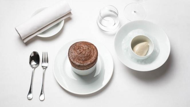 Suggestion dessert - Anne - Le Pavillon de la Reine, Paris