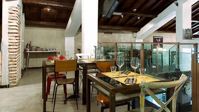 Particolare ambiente secondo piano - Azienda Cucineria, Rome