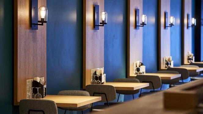 Tables - Declercq Café-Garage,