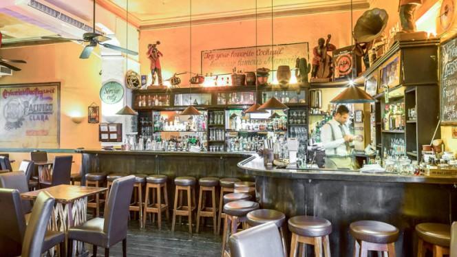 Sala - Tijuana Cafè, Milan