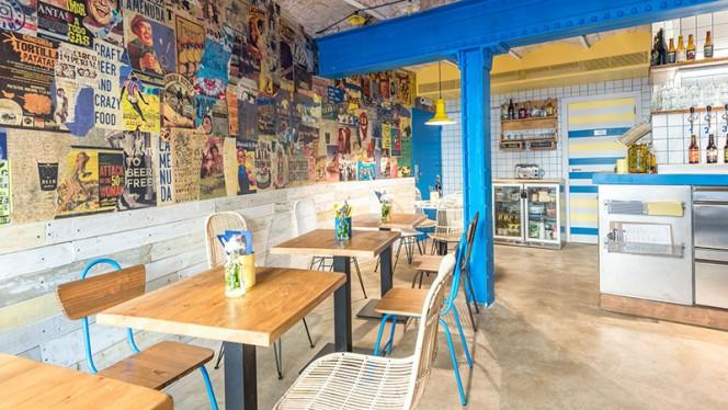 Sala - La Menuda - Craft Beer & Crazy Food, Barcelona