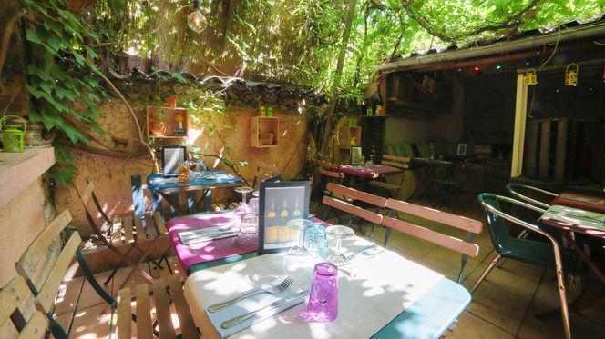 En terrasse - Cuisine et Croix-Roussiens, Lyon
