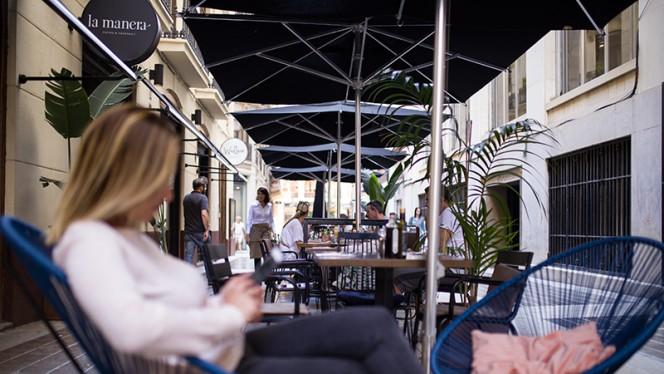 Terraza - La Manera Coffee Food & Cocktails, Valencia