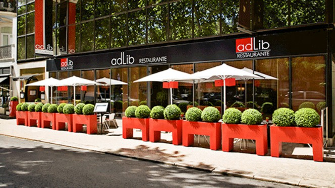 Entrada - Adlib, Lisbon