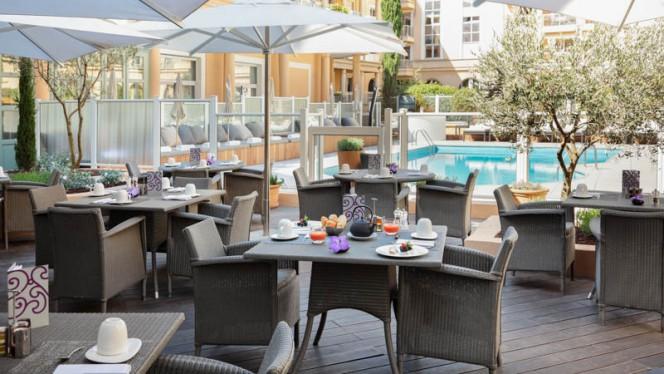 Terrasse - La Table du Roi - Grand Hôtel Roi René, Aix-en-Provence
