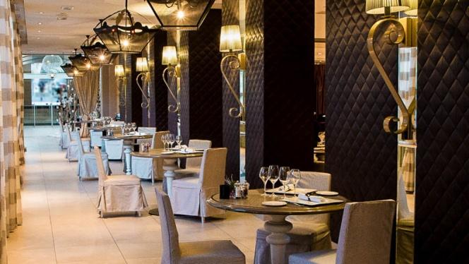 Vue de la salle - La Table du Roi - Grand Hôtel Roi René, Aix-en-Provence