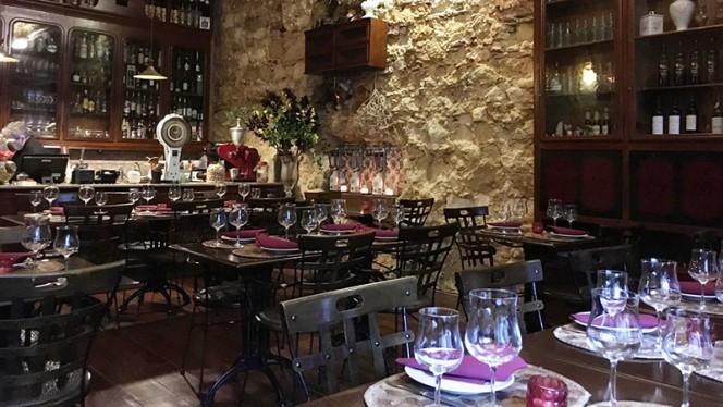sala do restaurante - Armazém da Cachaça, Lisboa