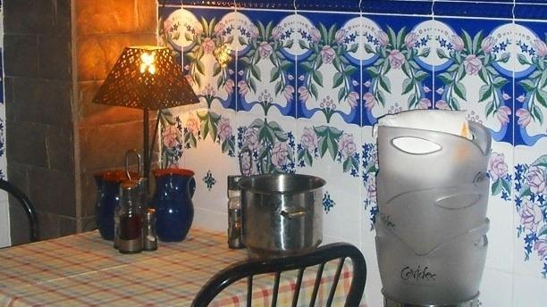 Detalle mesa - La Font de las Muses, Barcelona