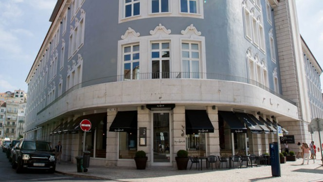 Fachada - Segundo Muelle, Lisboa