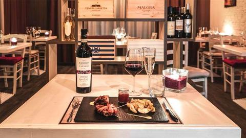 Butterfly Wine Bar & Food, Torre Del Lago Puccini