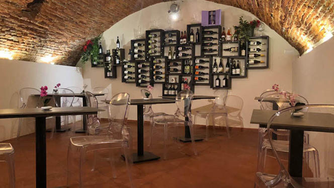 Sala interna piano sotto - Peperosa Ristorante Bistrò, Lucca