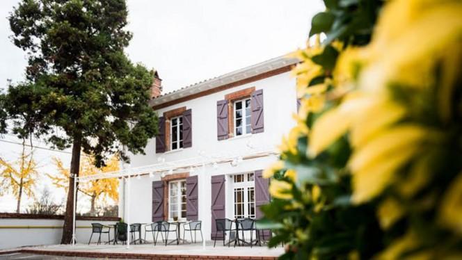 Extérieur - L'Hippi'curien, Toulouse