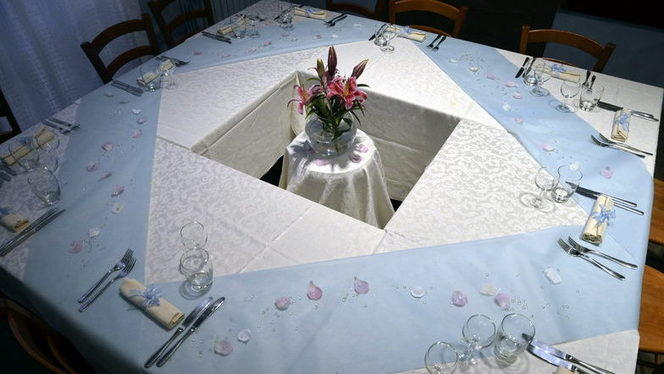Tavola - Manzoni Corner,