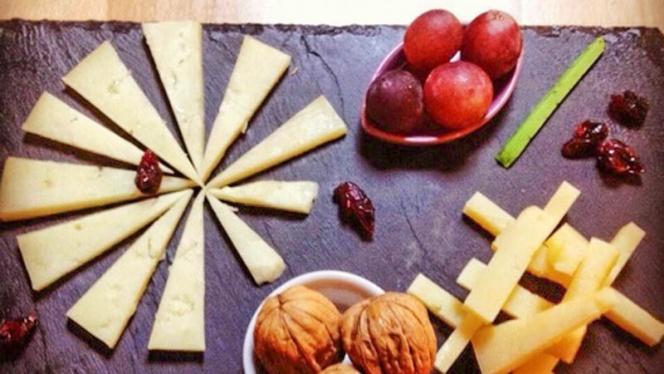 Tabla de quesos - Gastroteka Danontzat, Hondarribia