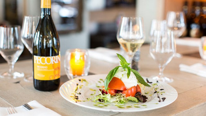 Mozzarella - Solo Vino, Den Haag