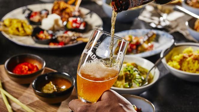 Mama Makan Beer Pairing Experience - Mama Makan Indonesian Kitchen, Amsterdam