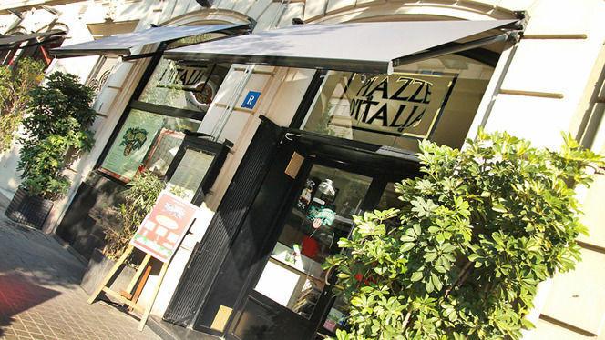 Fachada al sol - Piazze d'Italia, Barcelona