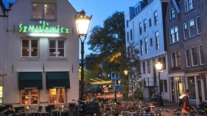 Terras - Szmulewicz, Amsterdam