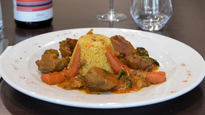 Sot-l'y-laisse de dinde avec semoule aux légumes - Le 5/5 d'Events Five, Toulouse
