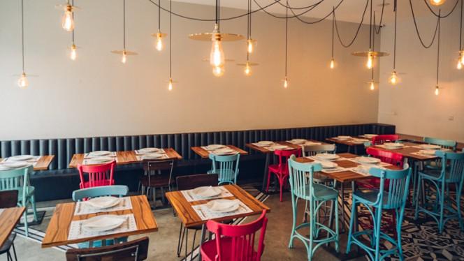 Sala - Muito BEY - Modern Lebanese Kitchen, Lisboa
