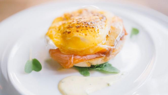 Egg Bennedict - The George Pub, Lisboa