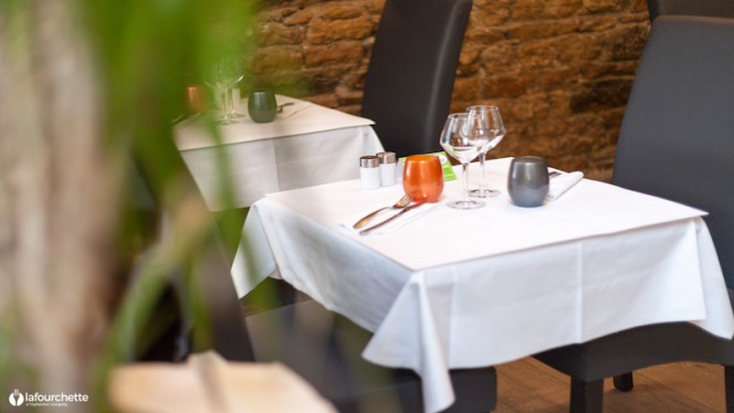 Détail table dressée - Une Affaire de Goût, Lyon