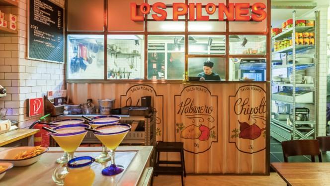 Restaurant - Los Pilones (Kerkstraat), Amsterdam