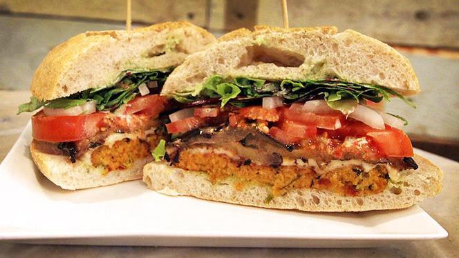 sugerencia hamburguesa 2 - La Santa del Born, Barcelona