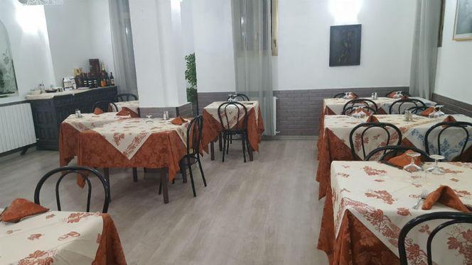 La sala - La Vela, Bologna