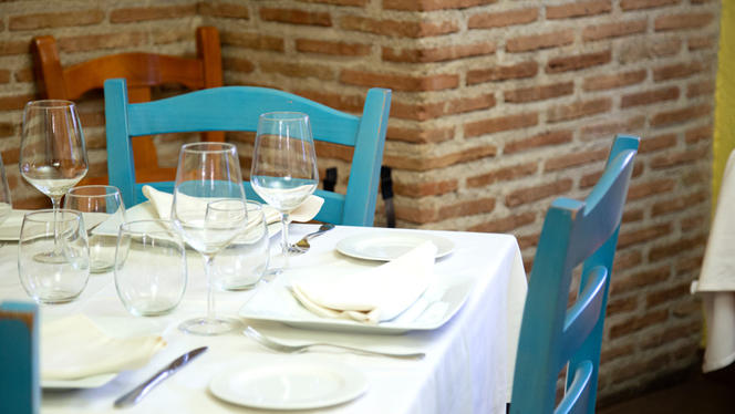 Detalle mesa - El Senador, Madrid