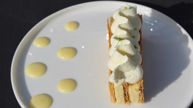 Mille Feuilles citron Vanille - Bustronome, Paris