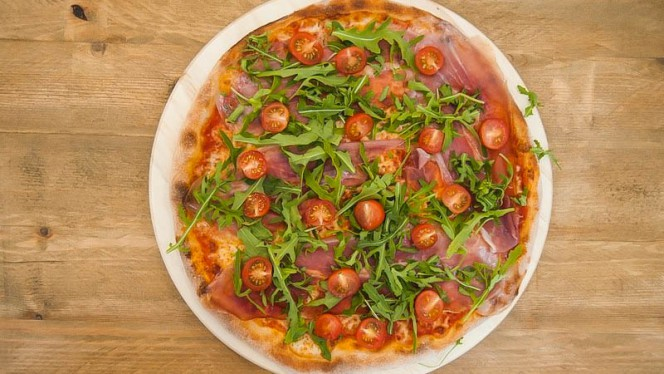 Pizza - Zoom Pizza, Sevilla