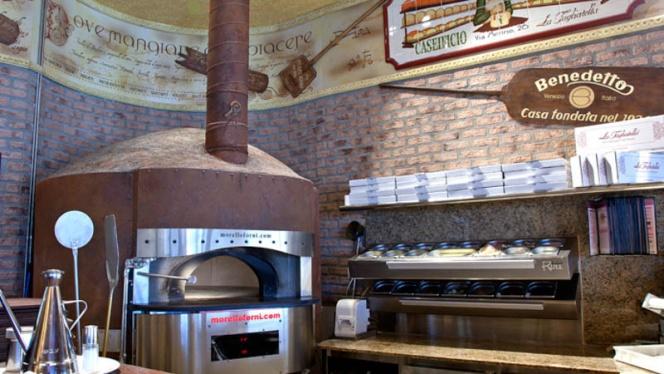 Vista cocina - La Tagliatella Las Arenas, Barcelona