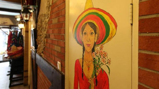 decoratie / ingang - El Vino Mexicaans en Argentijns restaurant, Amsterdam