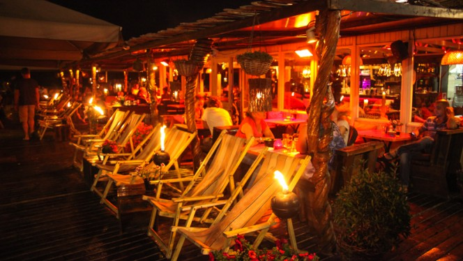 Terras - Zanzibar Beachclub, Den Haag
