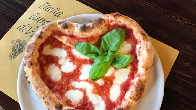 pizza cuore san valentino - Place's Pub, Cusano Milanino