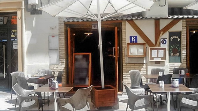 La terraza - La Kupela, Zaragoza