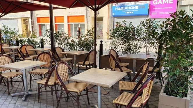 Terrasse - Café l'Aiglon, Marseille