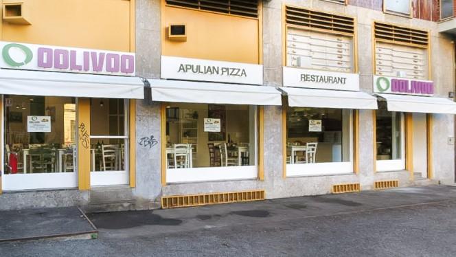 esterno - Oolivoo, Milan