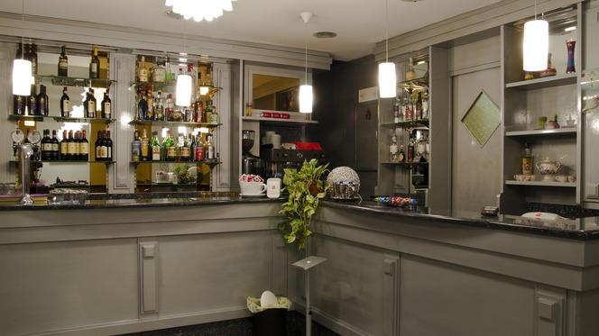 Angolo bar - Oro Rosso Zafferano,