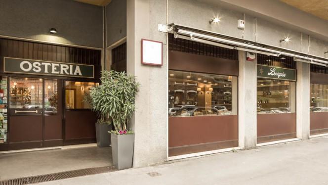 Entrata - Osteria Borgese, Milan