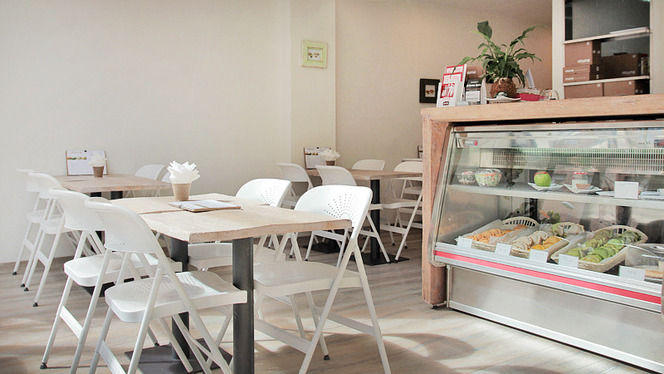 mesas y mostrador - Muns, Barcelona