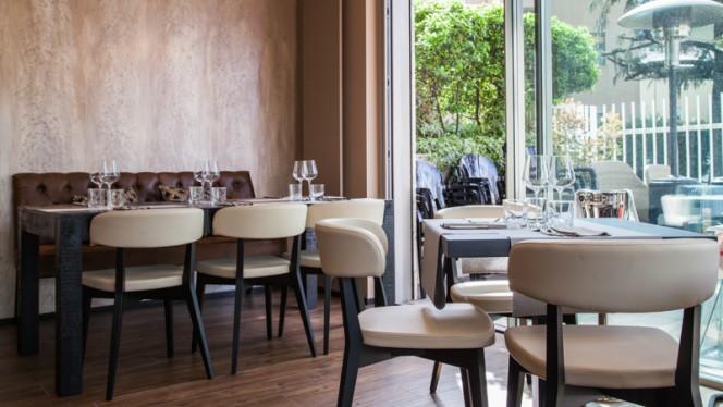 Interno - Chiuma's, Milan