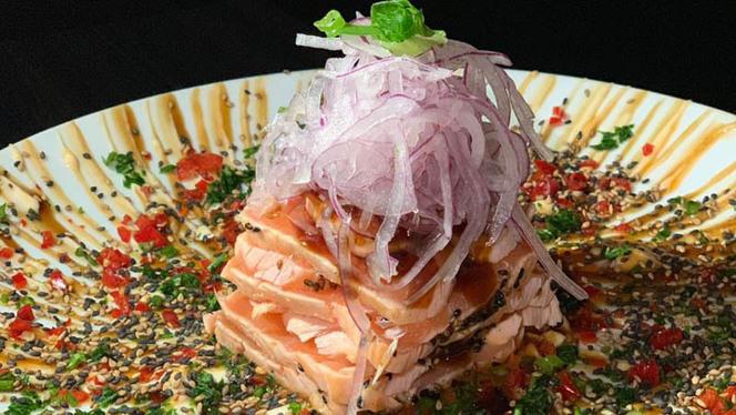 Tataki de Salmão - Zeni Sushi Moema, São Paulo