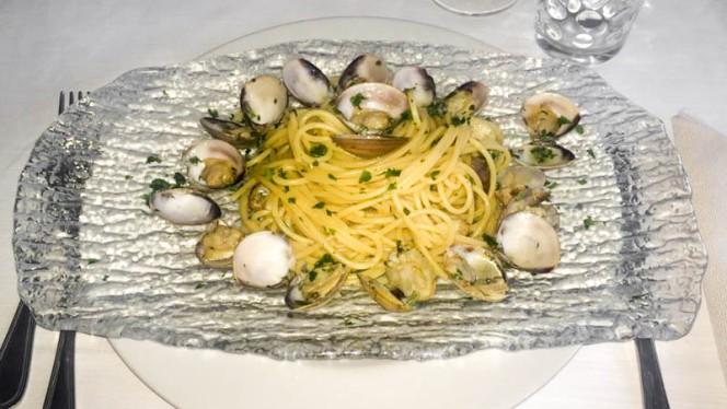 Spaghetti con le Vongole - Regina, Rimini